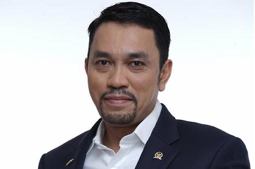 Inilah Kisah Sukses Ahmad Sahroni, Si Crazy Rich Tanjung Priok