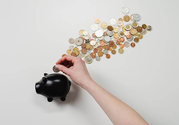 Perbedaan utama deposito dan tabungan.