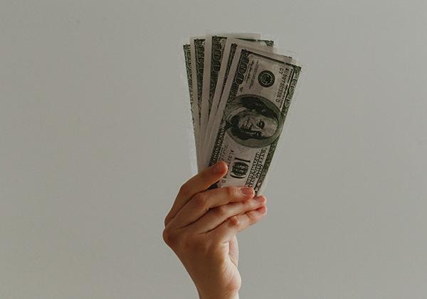 Jangan menyatukan uang pribadi dan uang bisnis