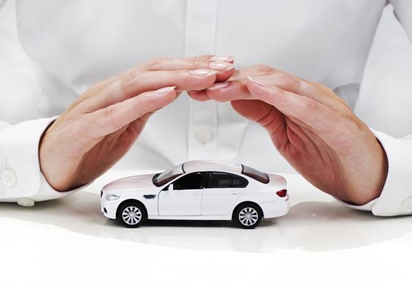 Asuransi Mobil kena banjir