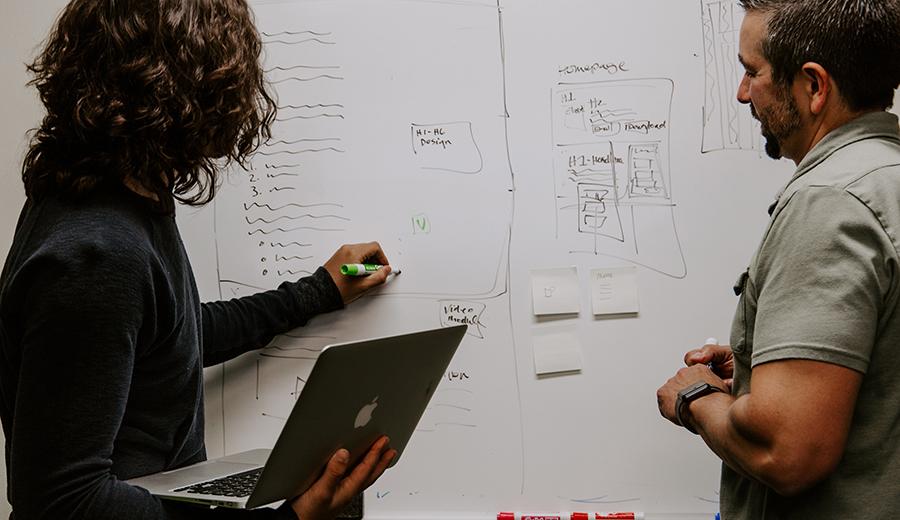 Strategi Bisnis untuk Meningkatkan Omset Usaha Kecil di 2021 | KlikCair