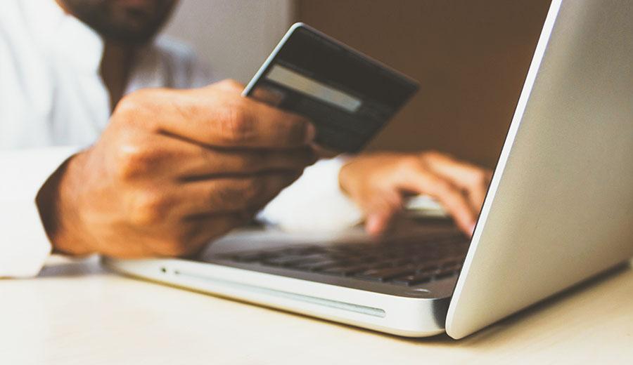 6 Tips Transaksi Kartu Kredit Aman yang Perlu Dipahami   KlikCair