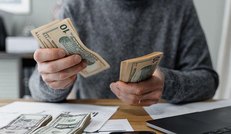 Cara Mengatur Keuangan Pribadi agar Finansial Keluarga Sehat   KlikCair